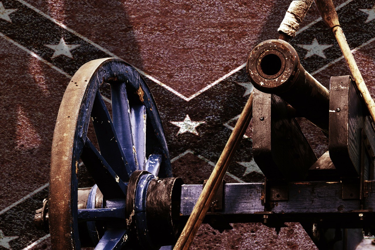cannon-340237_1280